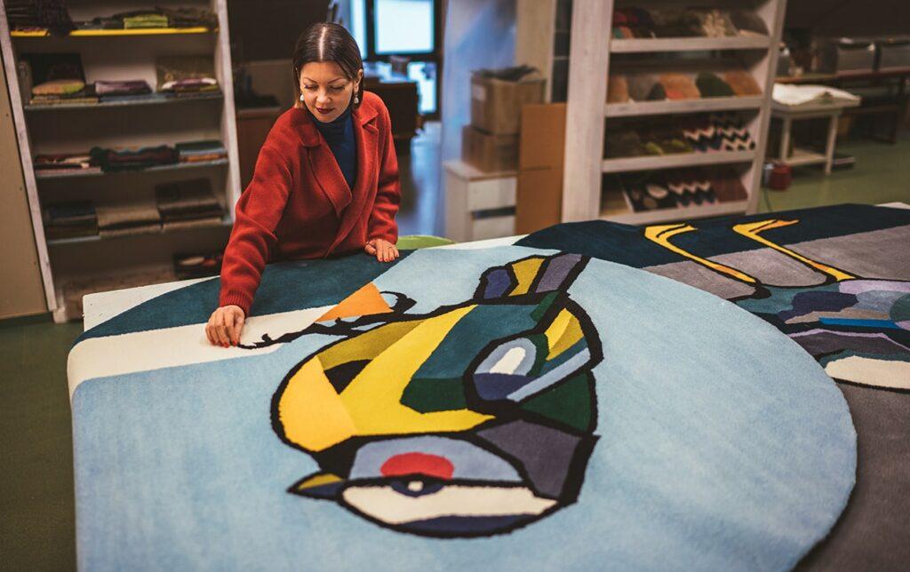 Agne Kisonaite linen hand woven rugs manufacturing